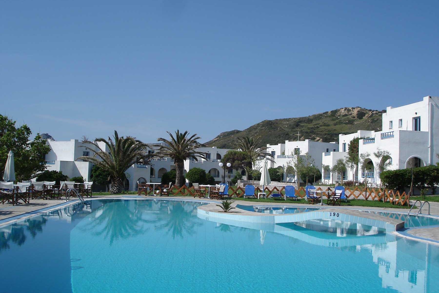 Διακοπές στο Skiros Palace 4* στη Σκύρο | Imagination Travel